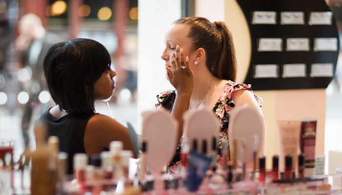 Event Photographer for Adhoc PR agency - See pic of cosmetics company at work