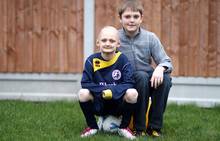 Jeans for Genes Charity Photograph - Essex of ED sufferer and brother