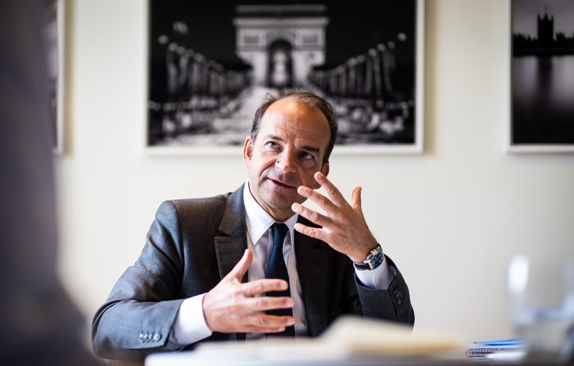 Board Photography of Director in Paris for Equistone Private Equity